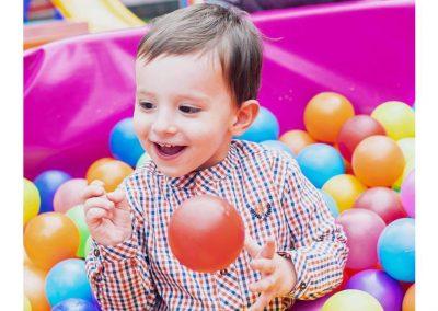 Matías, hijo de Carolina Cruz y Lincoln Palomeque, festeja su cumpleaños #2 con la granja de Zenón 5