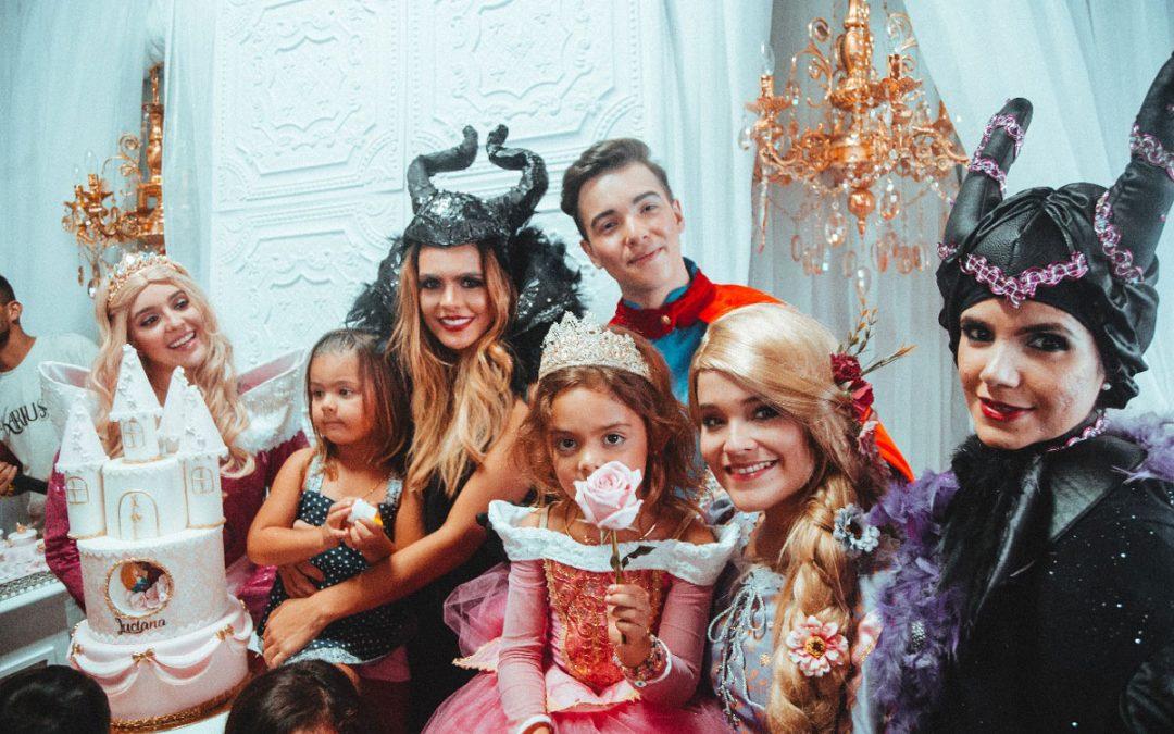 Luciana, hija de Vanessa Pelaez, la bella princesa de este mágico evento
